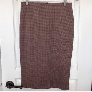 Burgundy Patterned Pencil Skirt - Le Chateau